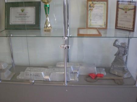 дипломы и чушки скульптуры