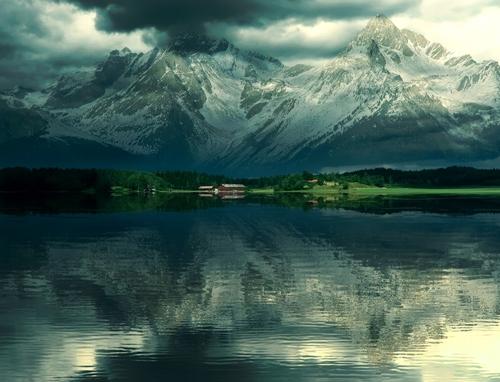 как сделать отражение в воде